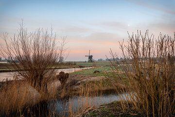Sonnenaufgang an der Windmühle von Maikel Brands