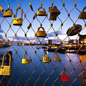 Liefdesslotjes in Rotterdam van noeky1980 photography