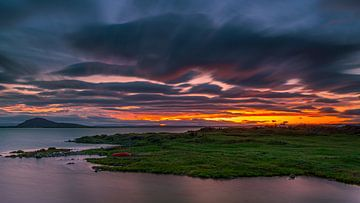 Sonnenuntergang, Myvatn, Island von Henk Meijer Photography