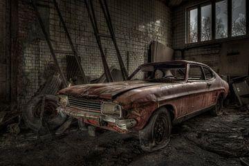 Altes verlassenes Auto von Freddy Van den Buijs