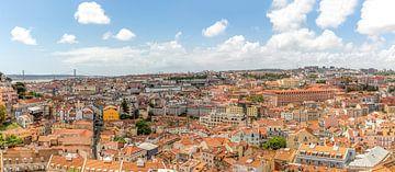 Ein Panorama der Stadt Lissabon in Portugal von MS Fotografie | Marc van der Stelt