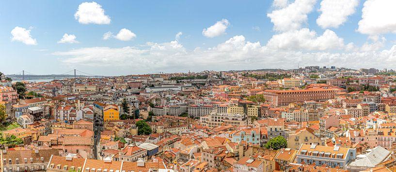 Een panorama  van de stad Lissabon in Portugal van MS Fotografie | Marc van der Stelt