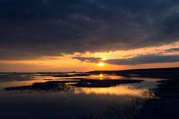 Zonsondergang in Zeeland van Ian Segers