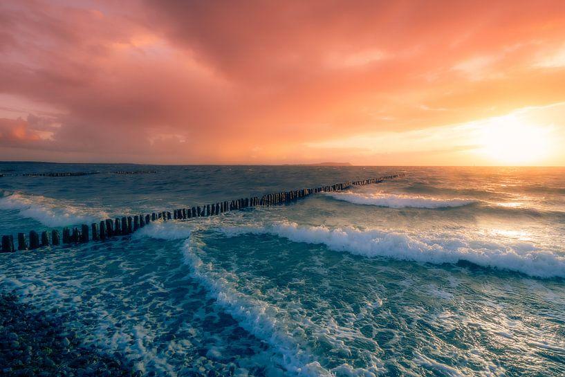Un coucher de soleil de rêve sur la mer sur Max Steinwald
