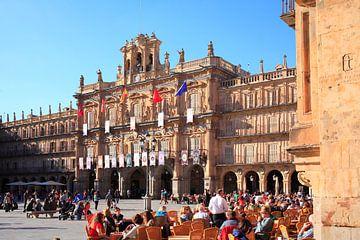 Plaza Mayor mit Rathaus bei Abendlicht, Salamanca, Castilla y Leon, Kastilien-Leon, Spanien