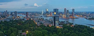 Panorama Rotterdam / Euromast / Augustus 2013 van Rob de Voogd / zzapback