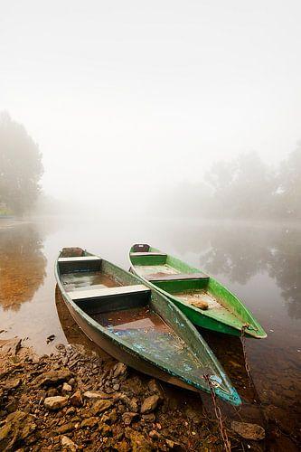 Zwei Boote auf der Dordogne  von Peter Halma