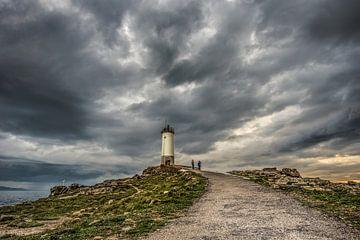 De vuurtoren van Corme, Galicië, in Spanje. von Harrie Muis