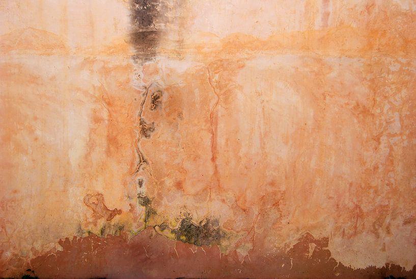 Muur zalm roze van Annemie Hiele