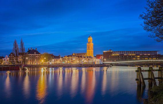 Skyline van Zwolle met de Peperbus