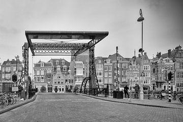 Scharrebiersluis Schippersgracht – Amsterdam van Tony Buijse