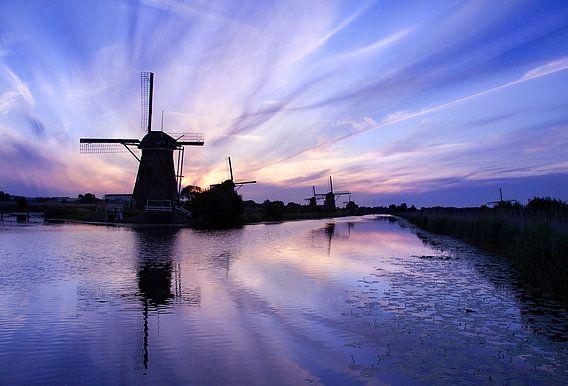 Kinderdijk Evening Blues van Peter Halma