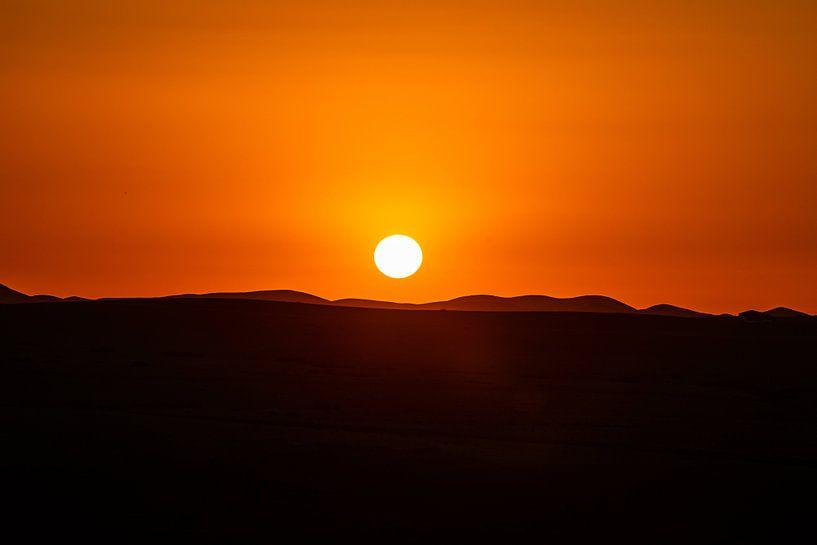 Marokkanischer Sonnenuntergang (Marokko) von Michel van Rossum