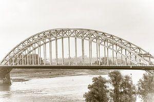 Waalbrug in Nijmegen (in sepia 2)