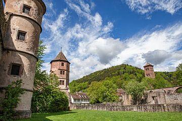 Ruïne van een oud klooster 'Hirsau' in het Zwarte Woud