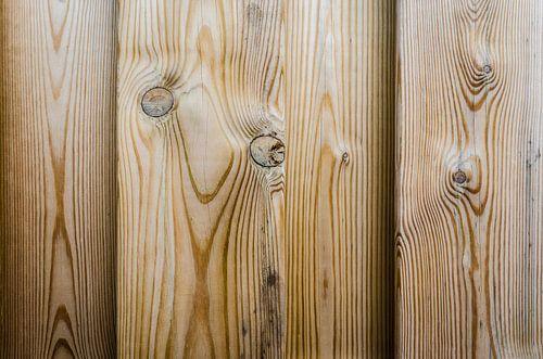 Vers hout van de schutting