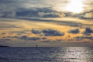 Schöner Sonnenuntergang Nordsee von Miranda van Hulst