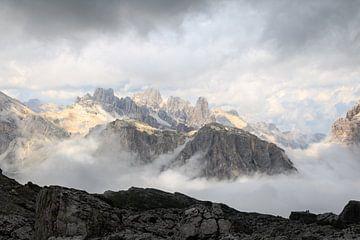 Dolomieten tussen de wolken van Gerben Tiemens