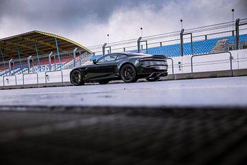 Aston Martin DBS  - Autovisie Supertest Assen