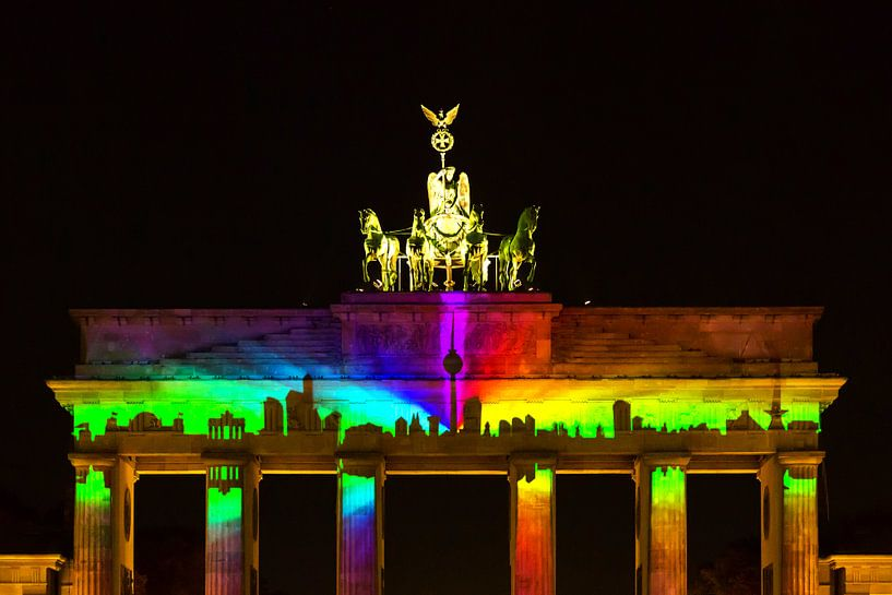 Brandenburger Tor met projectie van de Berlijnse skyline van Frank Herrmann