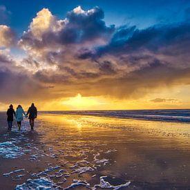 Family walk van peterheinspictures
