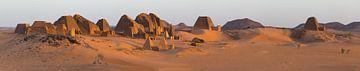 Meroe im Sudan bei Sonnenaufgang