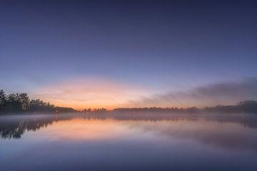 Kalmerende zonsopgang aan de Allersee van CherriX_OutisdE