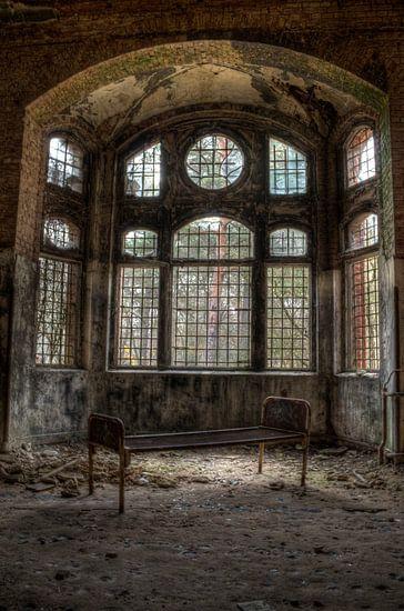 Beelitz-Heilstätten van Nick Raijmakers