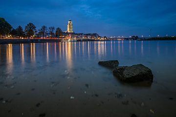 Nachtfotografie van Deventer tijdens het blauwe uur van Fotografiecor .nl