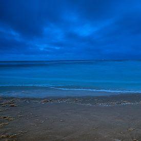 Duistere Noordzee III van Evert Jan Luchies