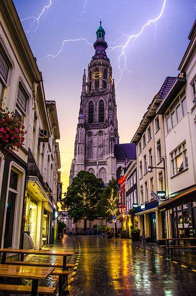 La foudre sur Breda sur Floris Oosterveld