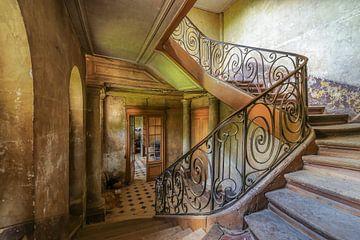 Prachtig oud trappenhuis. van Patrick Löbler