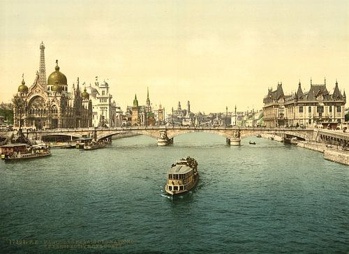 The Pavilions of the Nations and persepective of the bridges, Exposition universelle internationale  van