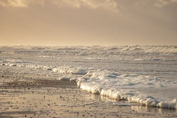 Zarte Farben an und Strand Nordhollands von Arthur Puls Photography