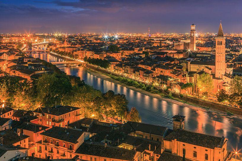 View over Verona, Italy van Henk Meijer Photography