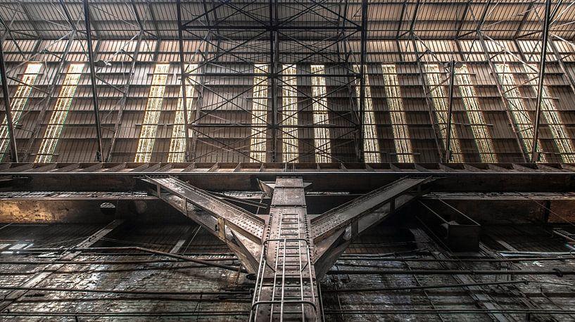 Industrial hall van Olivier Van Cauwelaert