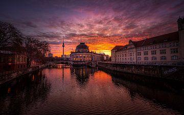 Toneelhemel in Berlijn van Iman Azizi