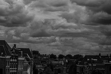 Dreigende wolken van Tom Lecram