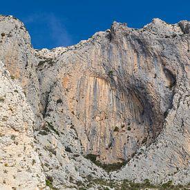 Rotswand in de bergen van Bernia van Montepuro