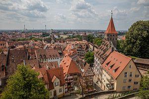 Oude centrum van Neurenberg, Duitsland, gezien vanaf het kasteel van Joost Adriaanse