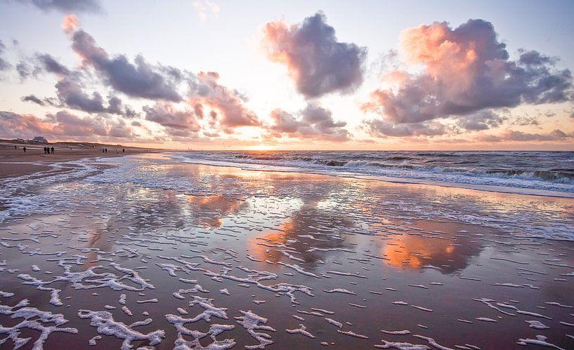 clouds at sea van Dirk van Egmond
