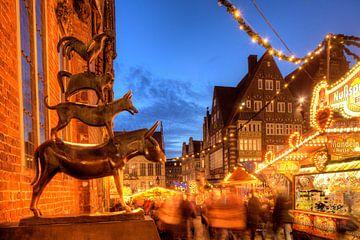 De Bremer Stadsmuzikanten en Kerstmarkt met huis Sch�tting,Marketplace-Westside en Obernstra�e in Ab van Torsten Krüger