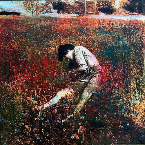 Vrouw in het veld van