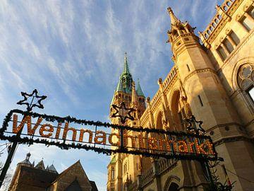 Kerstmarkt op de Platz der Deutschen Einheit (gemeentehuis) van Ralf Schroeer