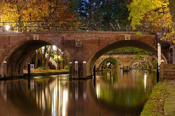 Smeebrug over de Oudegracht in Utrecht sur Donker Utrecht