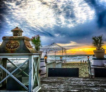View on the beach van Freddy Hoevers