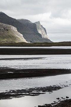 Kust op Hornstrandir, IJsland van Jan Schuler