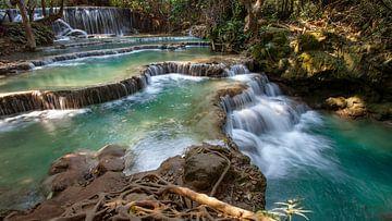 Waterval in Laos van Paul Vergeer