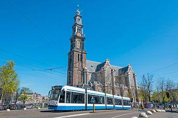 Paysage urbain d'Amsterdam aux Pays-Bas avec la Westerkerk sur Nisangha Masselink