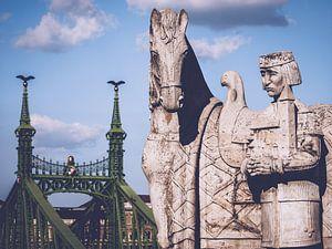 Boedapest - St.Stephan Beeldhouwwerk / Vrijheidsbrug van